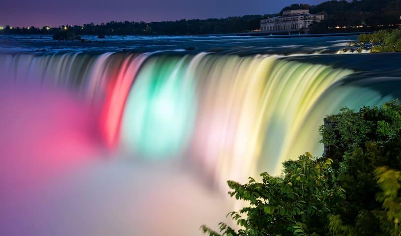Beautiful Niagara Falls at night.