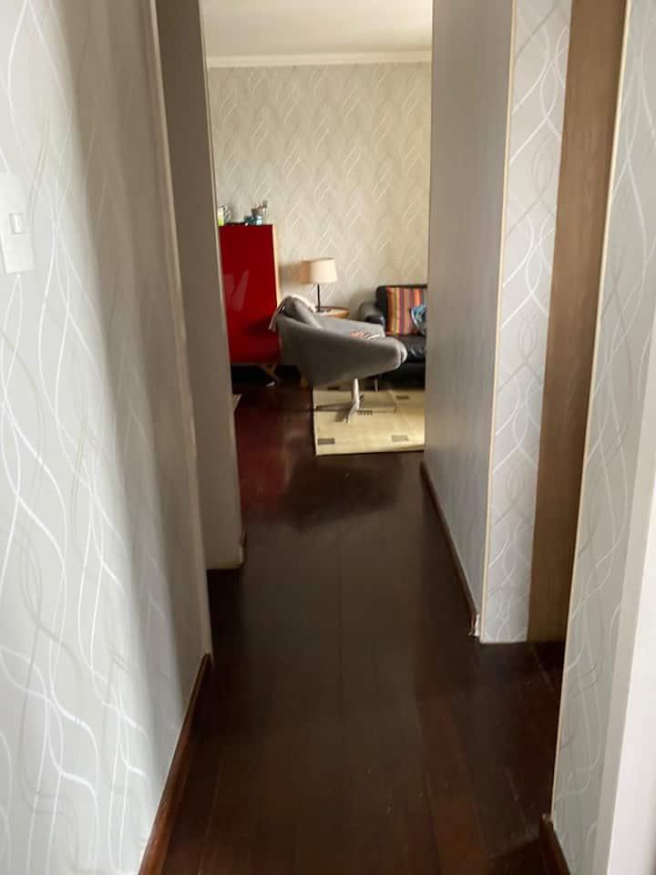 Apartamento em bairro nobre com serviço de hotel!