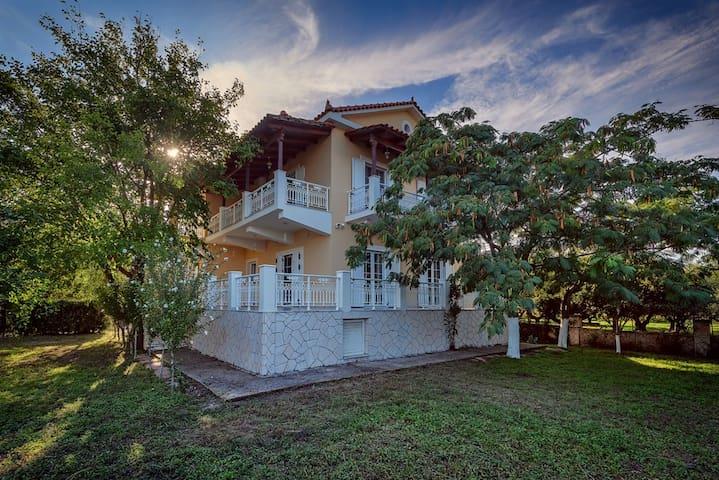 Villa Zerbera - Zakinthos - House