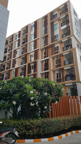CP City Plus ..Condo in Good Location - Udon Thani - Apartment
