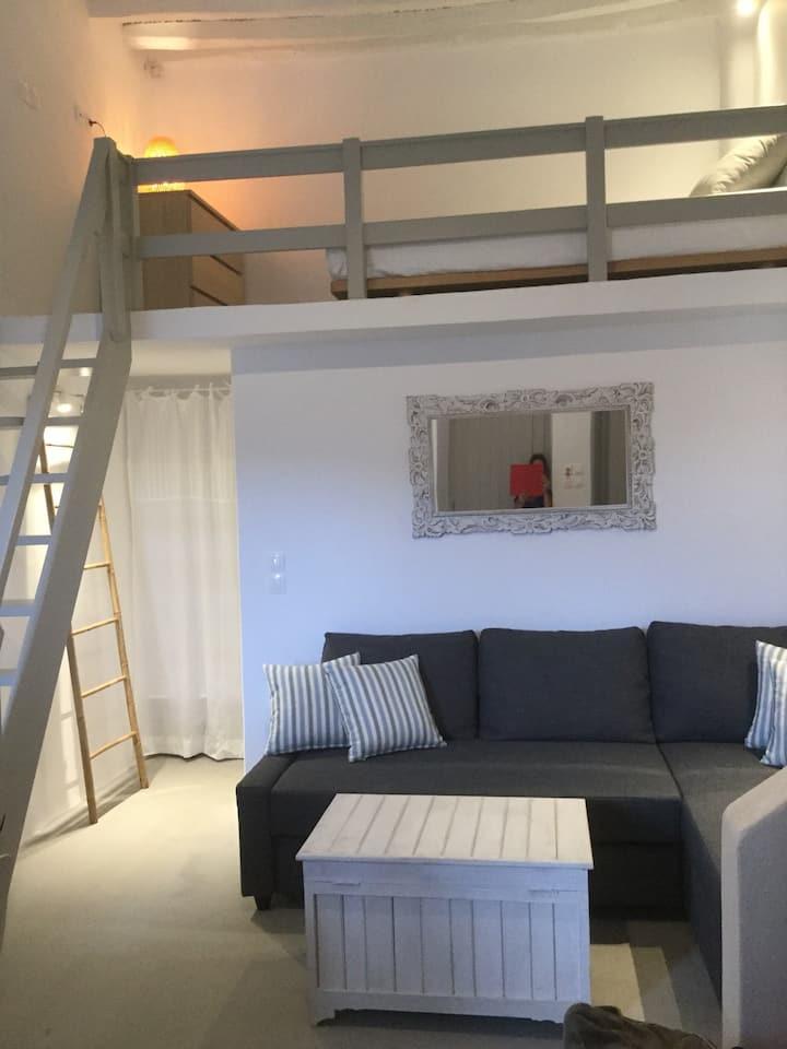 Vgennie's House Kato Chora