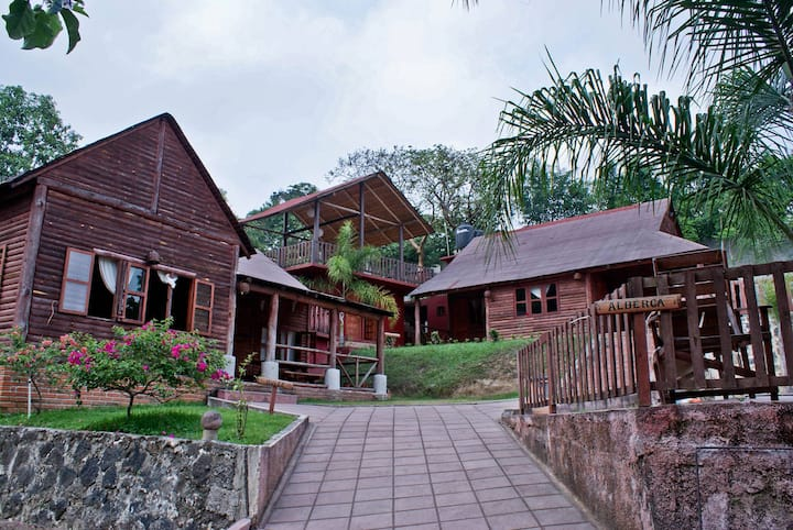 Country Club Xalapa Living by Rotamundos Bungalow