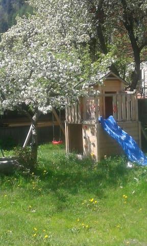 Gemütliches Doppelzimmer mit Balkon - Mühlen in Taufers - Bed & Breakfast