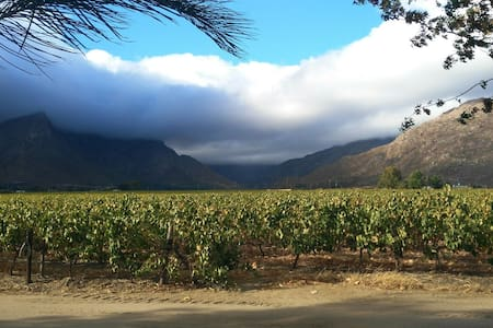 Damhuis, winefarm living, Rawsonville,