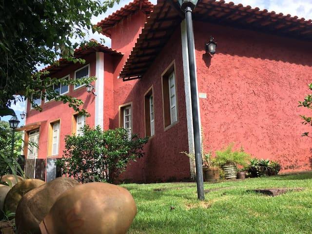 Quarto  Suíte Casal - Villetto Tiradentes