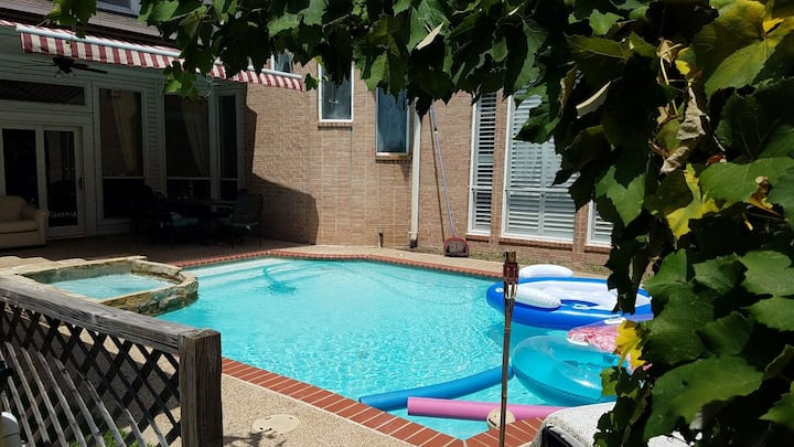 Suite SLOAN  in Plano West(heated Pool/Spa)