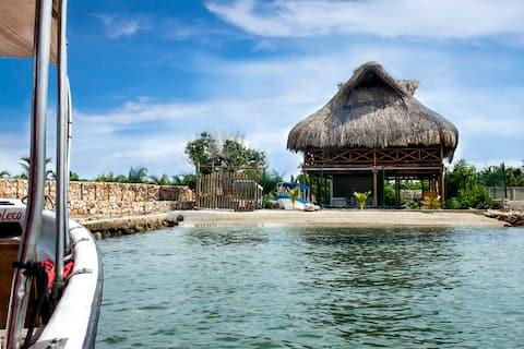Suemar Caribbean Beach House. Isla de Tierra Bomba