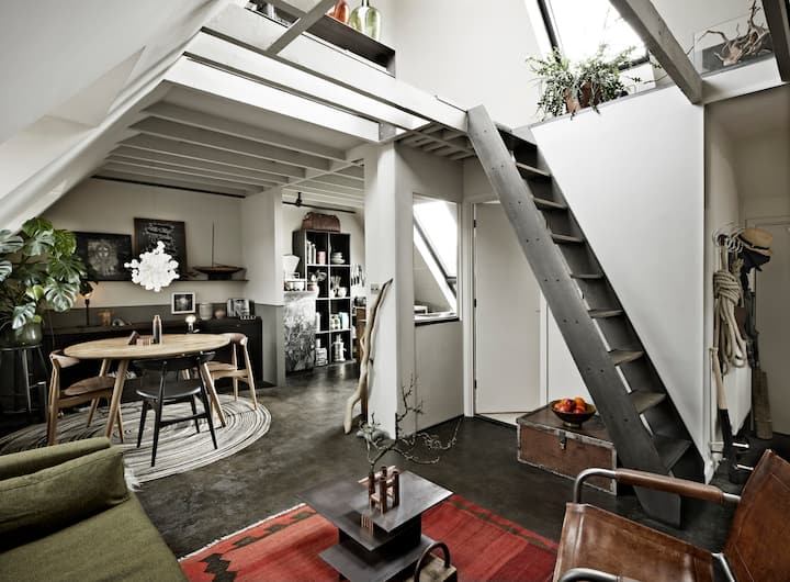Luxurious escape in contemporary loft style