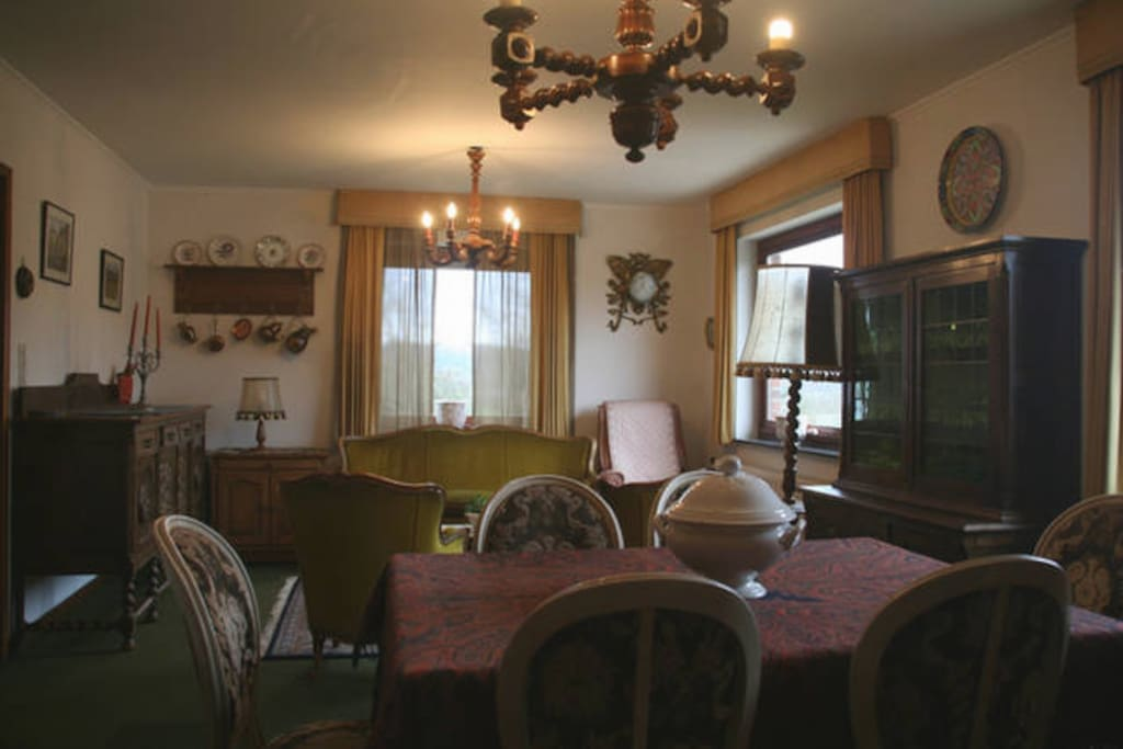 Grand salon - Comfortable living room, free WIFI