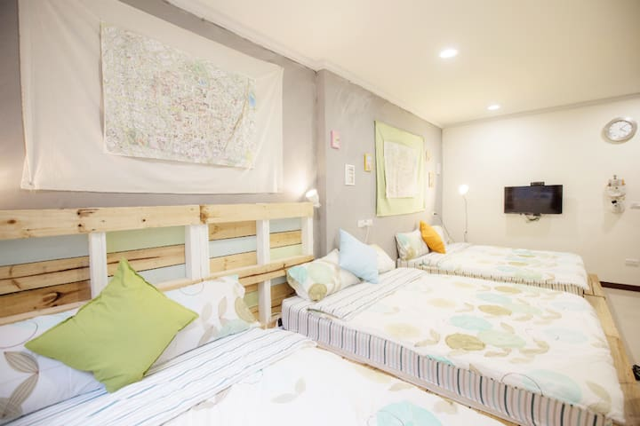 10% off every day,3~6 people room (301)