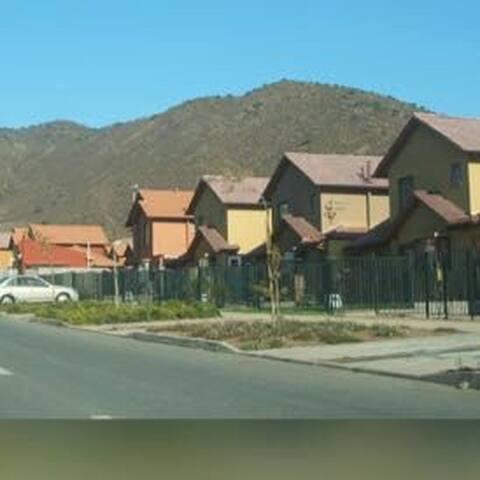 Habitacio sector residencial,seguro - Pudahuel - House