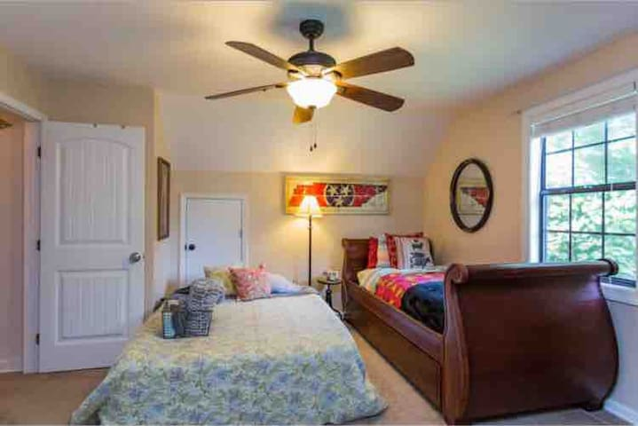 Double bed with two twin beds
