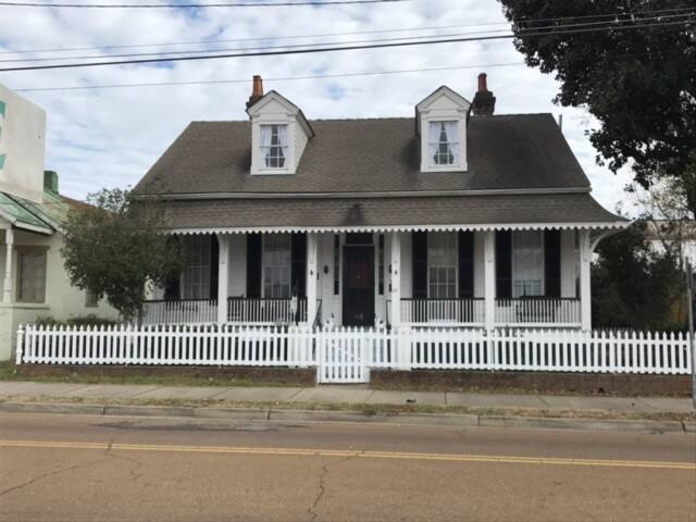The Riverboat Bed & Breakfast