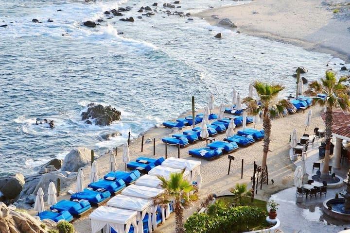 Breathe taking 3 bedroom villa ocean view
