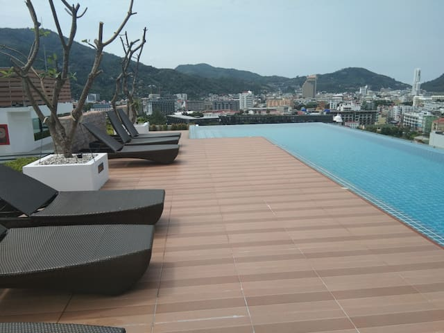 Modern 1-bedroom condo, (Hidden by Airbnb) ool  seaview, Patong❤️
