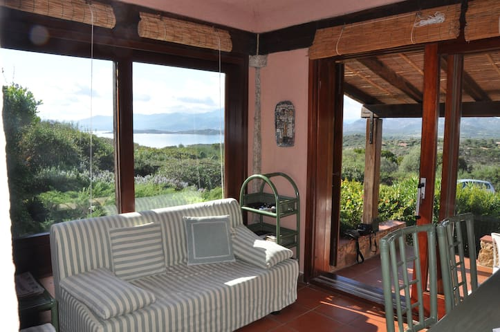 Sea view, 5-min walk to the beaches - Capo Coda Cavallo  - Hus