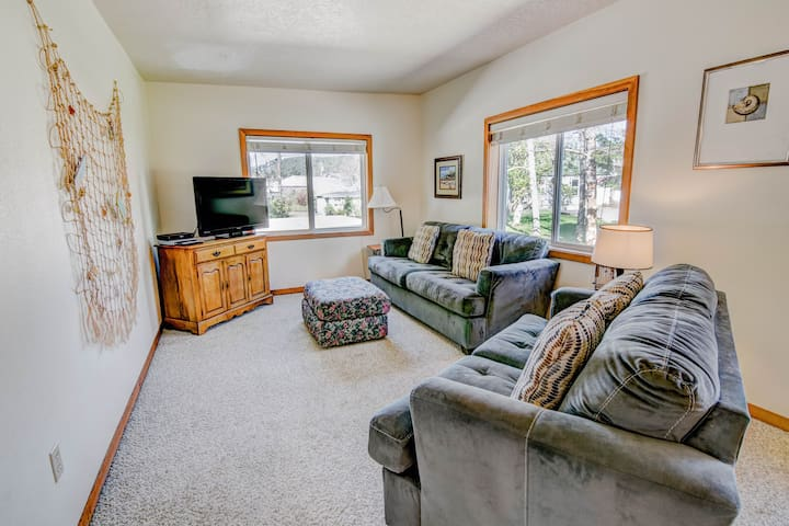 The Loft B - close to bay~ Private Apartment - Tillamook - Dom