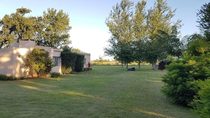 Casa de campo. Quinta zona Baradero. Relax puro!