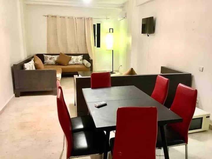 Superb appartement zone touristique hivernage 5/p
