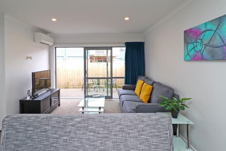 2 Brm Apartment 4 on Jones Crescent