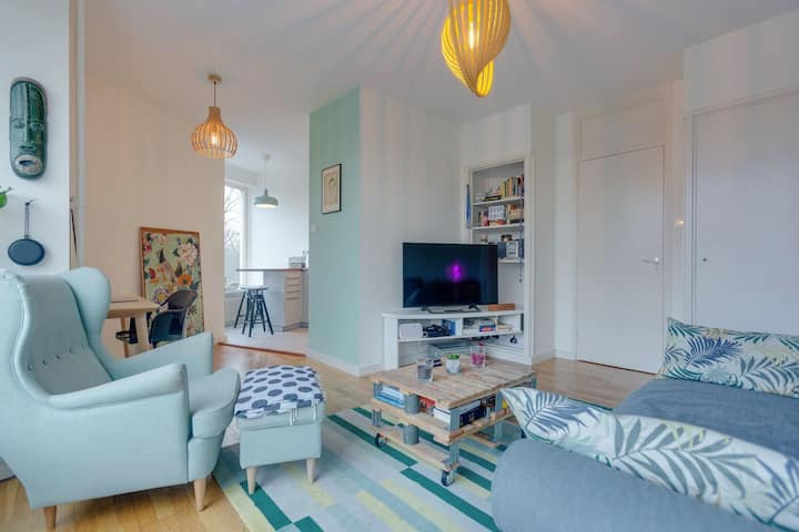 The Cutest Colourful Apartment In the Area