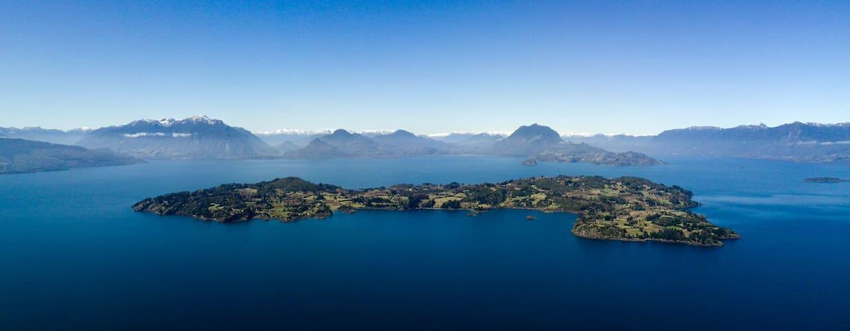Cabaña  Domo kuyen, Isla Huapi, Lago Ranco