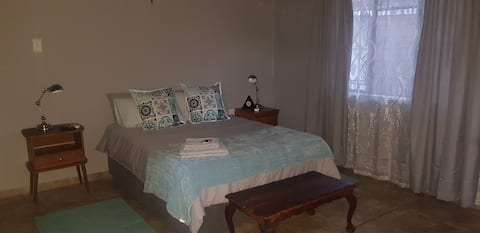 Milk and Honey Guest House Postmasburg