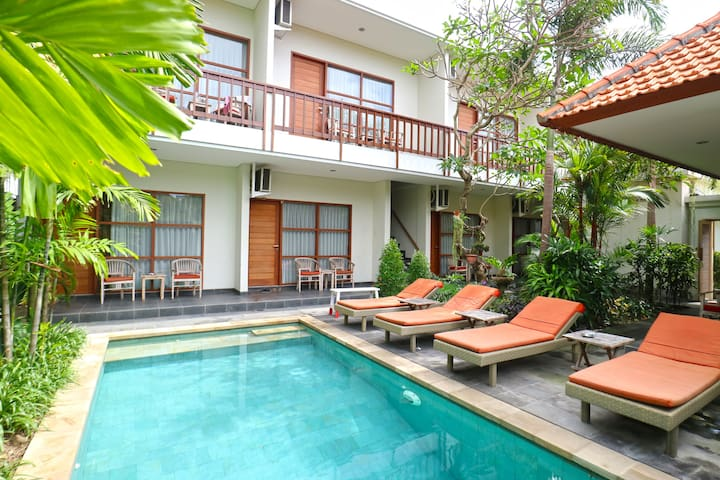 Cheap Deluxe Room with Pool  in Sanur Bali
