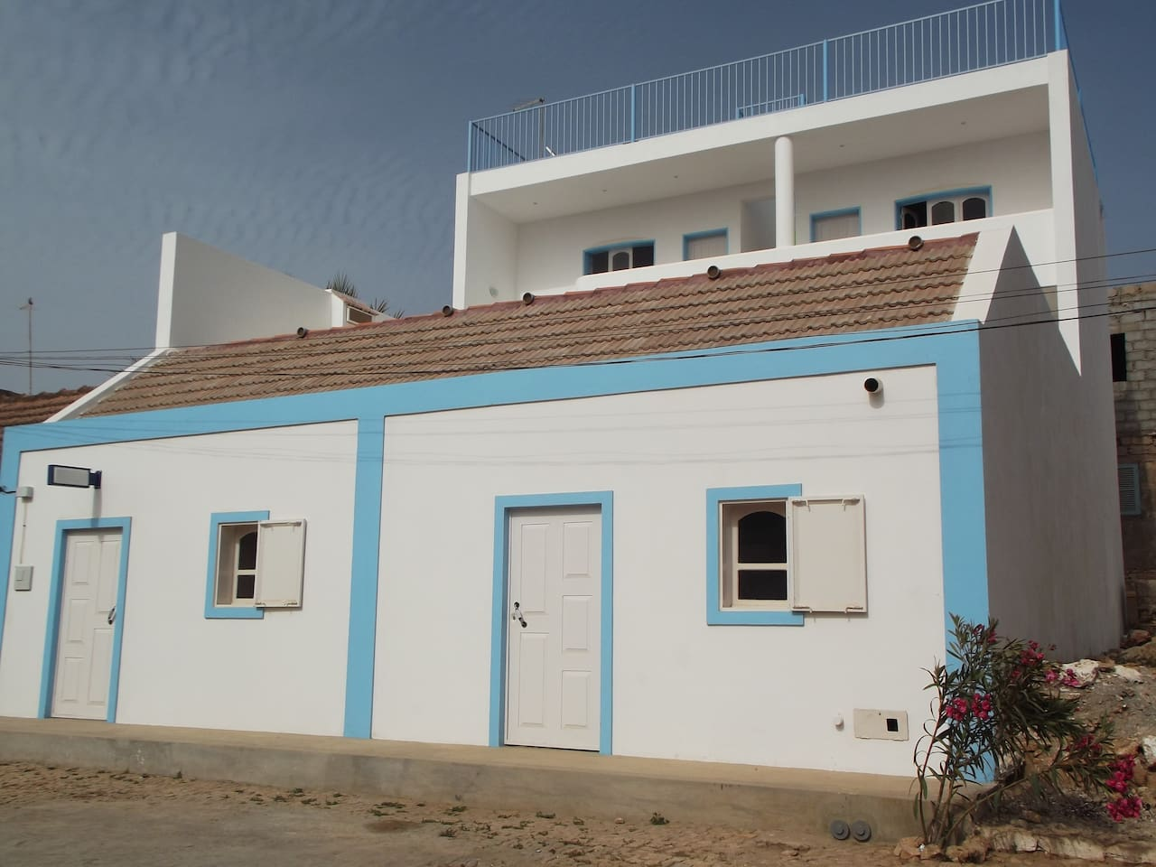 Kaza Tropikal - 4 guestrooms built above family residence