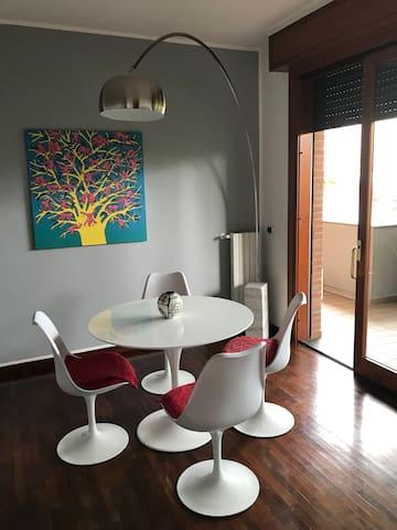 Casa design  Alle porte di Milano