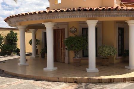 Casa Ikal
