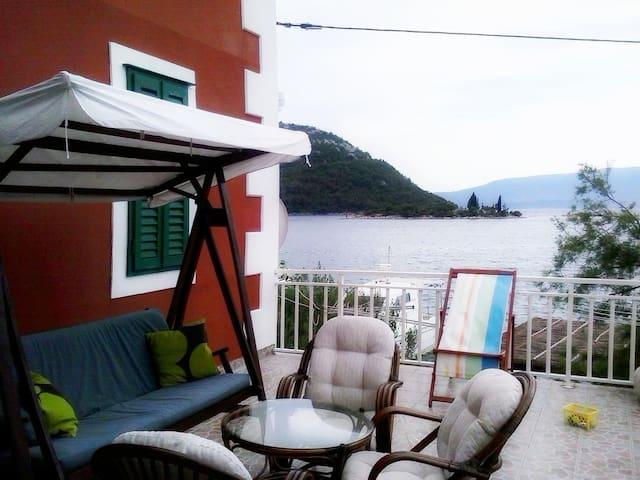 Two bedroom apartment near beach Blace (Neretva Delta - Ušće Neretve) (A-16068-a)