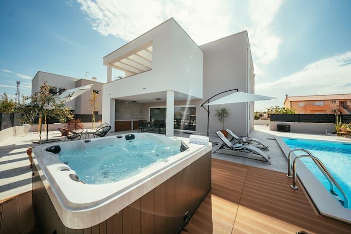 Villa South, Croatia Luxury Rent