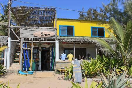 Tofo Beach House - Best in Town - Tofo Beach - Casa