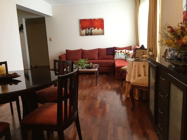 confortable and quiet bedroom - magdalena del mar - Wohnung
