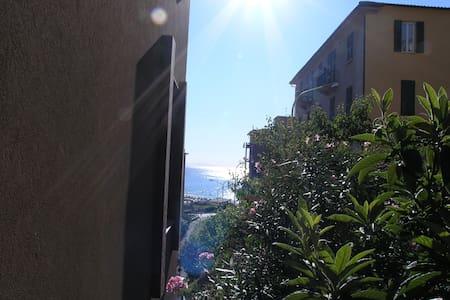 Appartamento a due passi dal mare - Celle Ligure