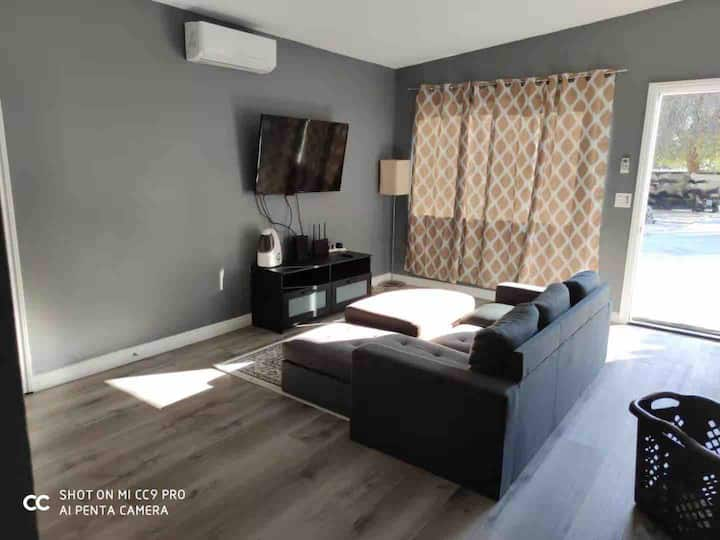 Cozy single family front house in Rancho Cucamonga
