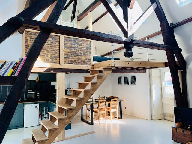 Beautiful loft in the city center