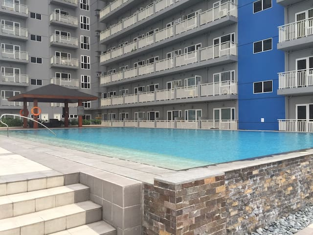 Fully Furnished 1 BR +POCKET WIFI - Ciutat Quezon - Pis