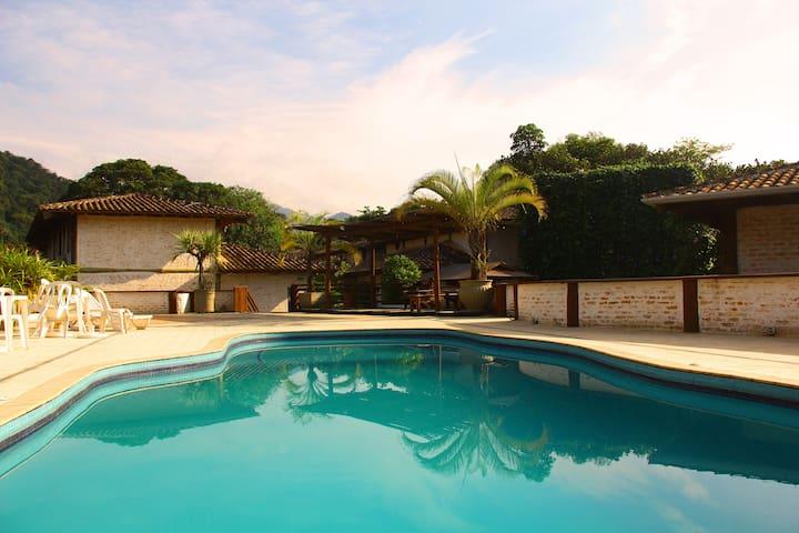 Flat Camburi - São Sebastião - Dom