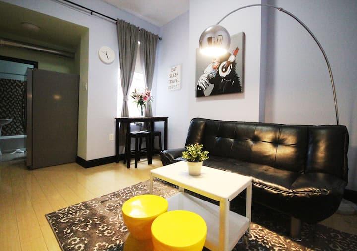 Neat One bedroom Apartment in University City