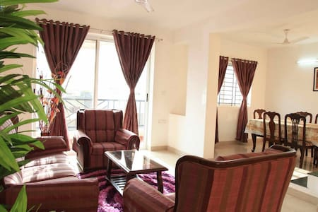 R&S Riviera - Three Bedroom Service Apartment - Bengaluru