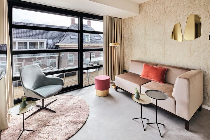"""Luxury Penthouse"", serviced apartment Utrecht"