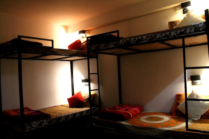 Bunk Bed with Valley View and Porch in Old Manali