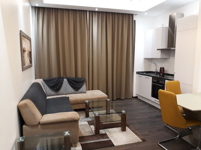2 Bedrooms Modern Apartment in Munich Center