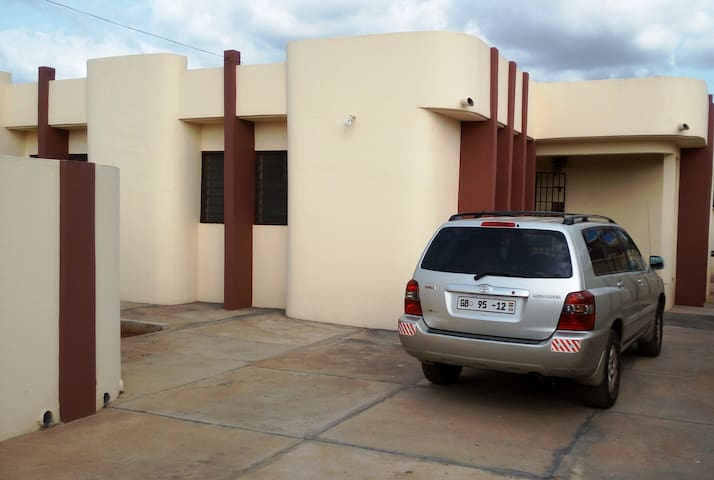 Achimota Serene Home - Accra - Dom