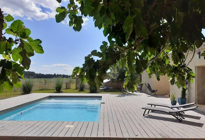 Cottage  fin 19e piscine chauffée Serenité-espace