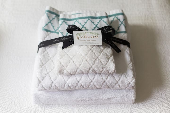 Fresh linens and a welcoming touch