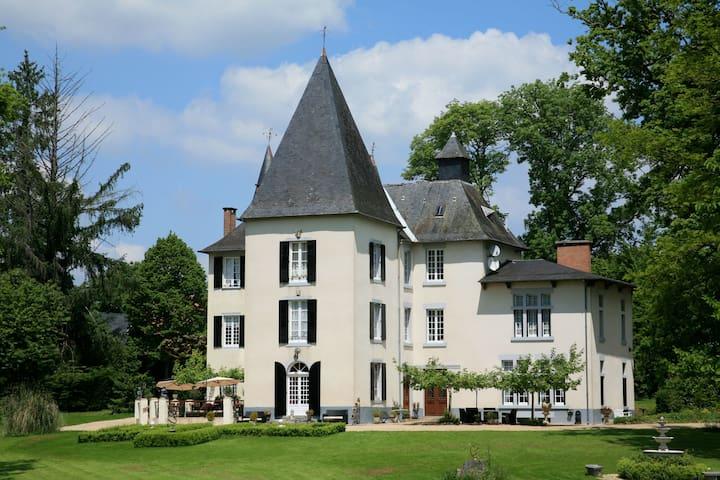Chateau La Fragne