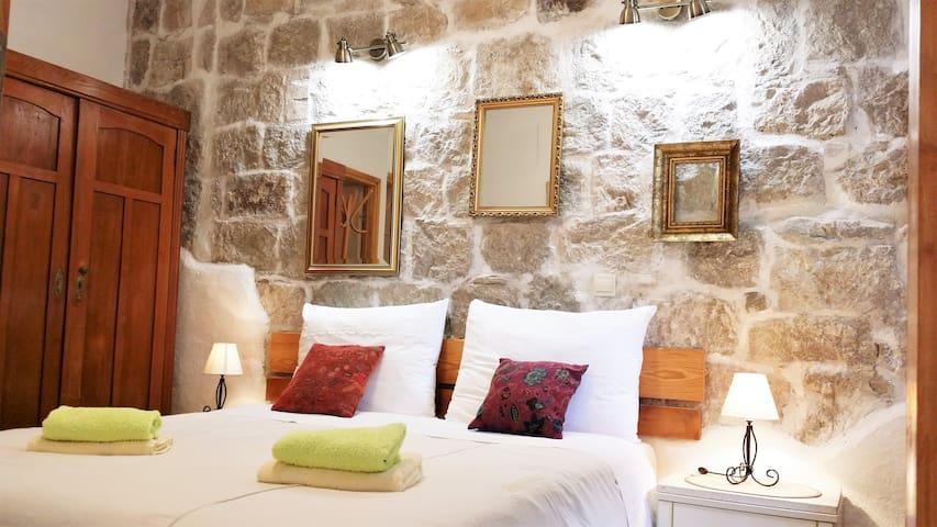 Authentic Mediterranean Apartment